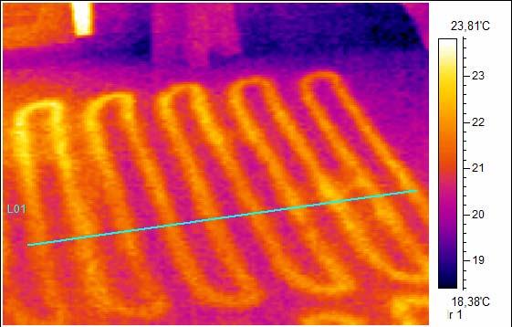 Thermofotographie einer Fussbodenheizung